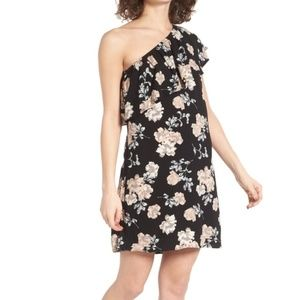 NWT Love, Fire one shoulder floral dress (O-2)
